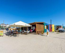 Рынок в Стрелковом возле источника