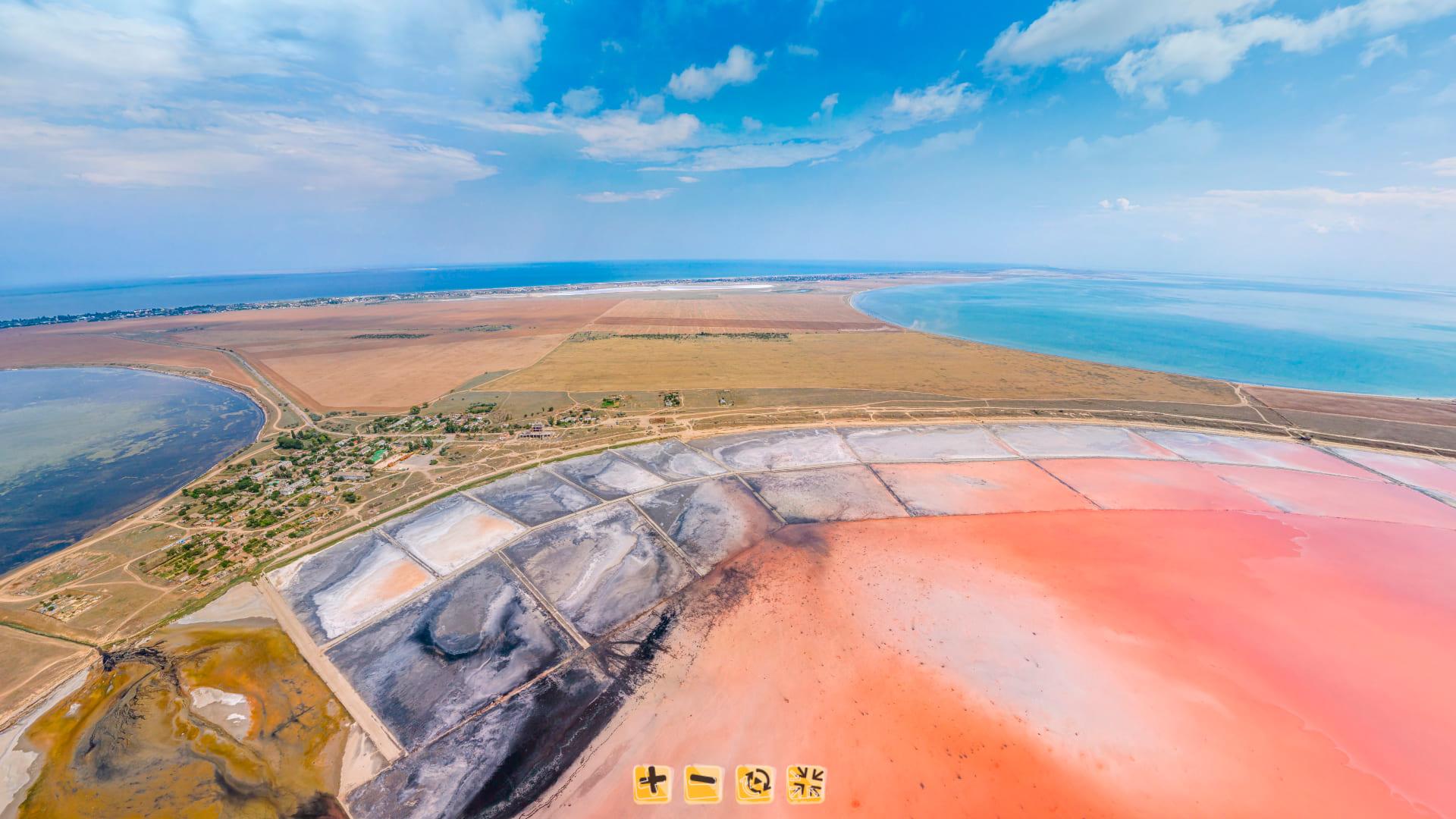 Панорама озера с высоты 100 метров