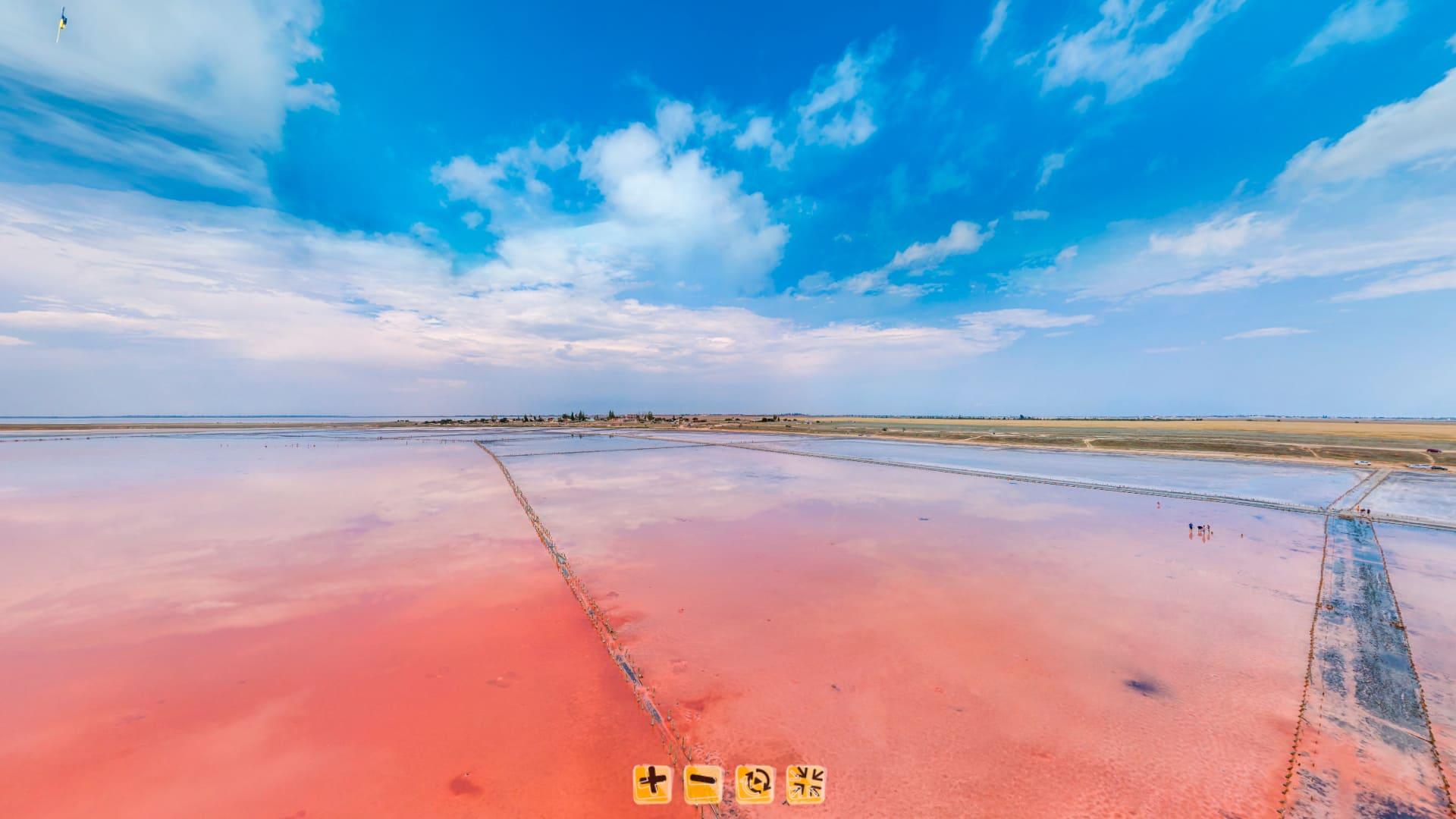 Панорама озера с высоты 10 метров