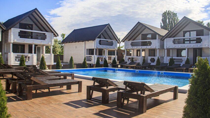 Коттеджи «White Home»